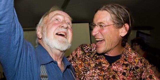Bill y David, algunos años después de la épica publicación de Permaculture ONE